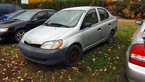 2002 Toyota Echo ( le moteur à ete changer il a 180,000 km