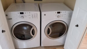 Laveuse et Secheuse GE Washer and Dryer