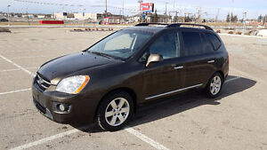 2009 Kia Rondo EX 7 Passenger Great Condition!!