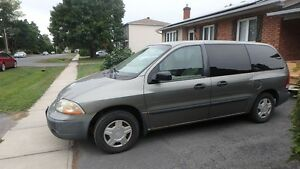2002 Ford Windstar LX Value Minivan, Van Cornwall Ontario image 5