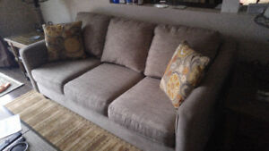 Beautiful Couch & 2 Loungers/Chairs Excellent Condition!
