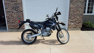 2014 DRZ400s - Low miles - Like new