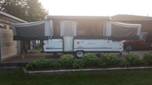 Coleman 12' Tent Trailer with slideout