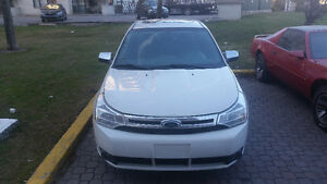 ford focus SEL AUTO A/C CUIR TOIT MAGS