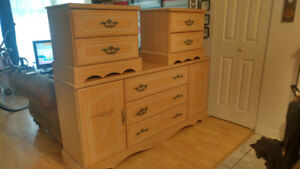 commode et tables de nuit / dresser and nights tables