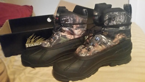Selling Brand New Size 11 Winter Boots!