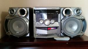 JVC CD player system 1000W