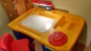 study table and chair for kids Kitchener / Waterloo Kitchener Area image 2