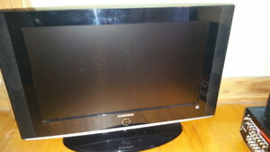 TV 26 inch older good condition