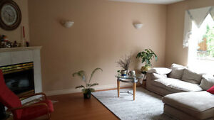 Room in a two story house near WEM Edmonton Edmonton Area image 4