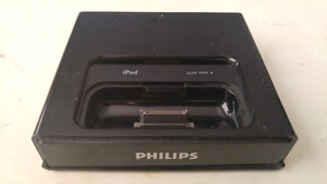 Phillips Dual iPhone 3&4 Docking Base