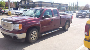 Gmc 150,000km like new tires brakes, fuel pump,wheel barrings