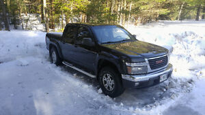 Black 4x4 2006 GMC Canyon SLE Truck