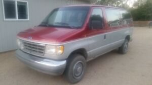 1992 Ford E-350 fully loaded Minivan, Van