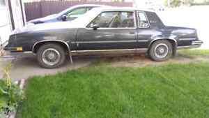 1986 Cutless Supreme Brougham Oldsmobile Regina Regina Area image 1