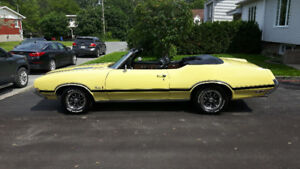 OLDSMOBILE CUTLASS SUPREME CONVERTIBLE 1972 À VENDRE