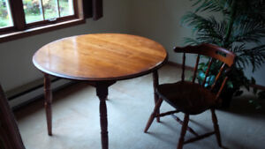 Antique Solid Maple Dining Set