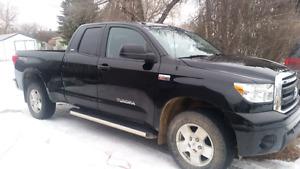 2012 Toyota Tundra SR5 Pickup Truck
