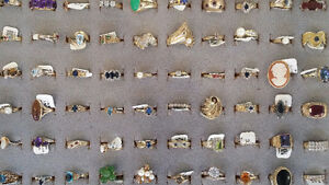 GREAT SELECTION OF JEWELERY