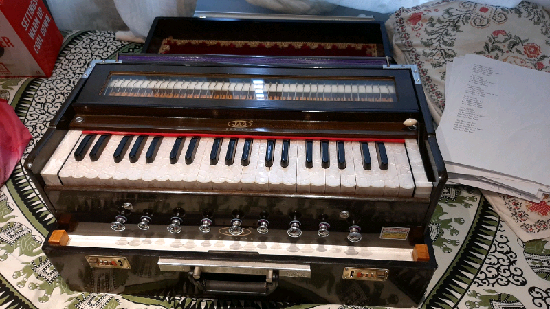 Harmonium   in Basingstoke, Hampshire   Gumtree