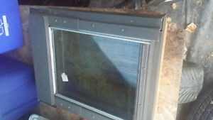 Velux Skylight that opens! 22x28 inches small