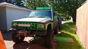 "1998 Jeep Cherokee 6"" lift 33"" tires"