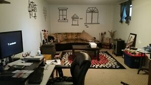 ☎☎☎  2 bed, 1 bath Spacious, Comfy and Bright incl. Utilities.