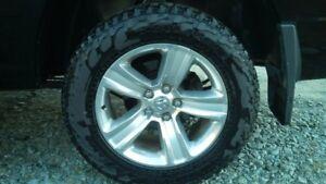 "Dodge Ram 1500 Sport wheels and tires rims 275/60/20 20"" tpms"