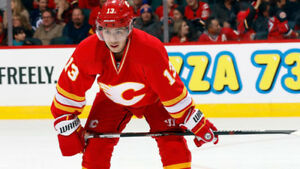 ★Calgary Flames vs San Jose Sharks  ★ 2 Tix ★  Sec113 R4