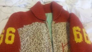 1950's Cowichan Knit Sweater -  Football Player #66 Peterborough Peterborough Area image 3