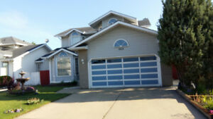 4 Bdrm, 3.5 bthrm Two-Story House in NE Edmonton- unfurnished