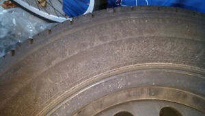 175 65R 14 Tires with rims with 4 bolts Kitchener / Waterloo Kitchener Area image 4