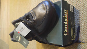 Brand new Cambrian Walking Shoes Extra Wide