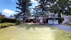 Beautiful 5 bedroom home. PRICED TO SELL