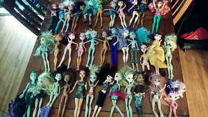 Huge collection of monster high dolls and barbie