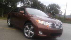 2009 Toyota Venza AWD Backup camera WINTER TIRES