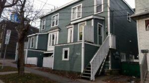 3 BEDROOM APARTMENT ON VICTORIA ROAD IN HALIFAX