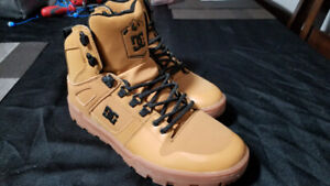 DC High Top Shoes - Size 8.5 - Brand New!
