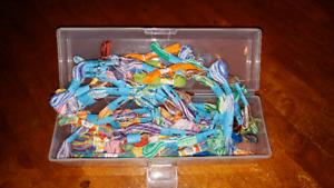 Bracelet making - thread and/or elastics