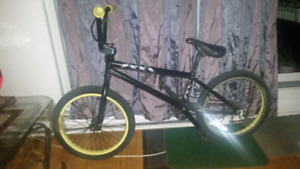 BMX (Giant method 2) with back brakes --- Call Asap
