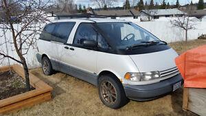 1993 Toyota Previa Minivan, Van