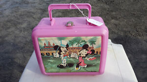 MICKY MOUSE & BLUE JAYS PLASTIC LUNCH BOXS