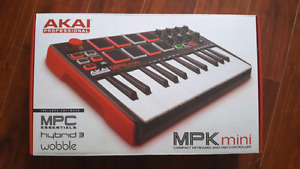 AKAI MPK Mini - Compact Midi Keyboard (MINT)
