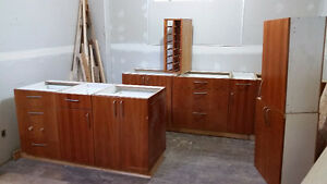 10 kitchen cabinets $350 all of them.