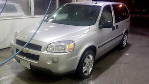 2008 Chevrolet Uplander LS Minivan, Van
