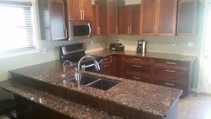 New Sarepta Home with 3 Car Garage: $ 419,500 Edmonton Edmonton Area image 2