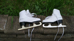 Winnwell figure skates, size 2