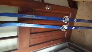Cross Country skiis + poles for kids 160 and 170 cm made in Can