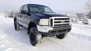 2000 Ford F-250 Lariat 7.3L Diesel **216km, Lots of Extras**