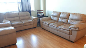 $700 obo - Comfy Leather Sofa Set